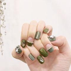 方圆形绿色钻平法式美甲图片