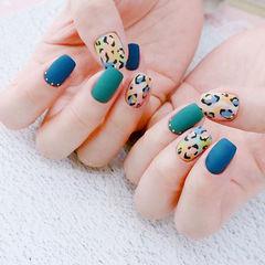 方圆形蓝色绿色黑色手绘豹纹磨砂美甲图片