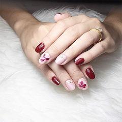 圆形红色粉色手绘花朵新娘美甲图片