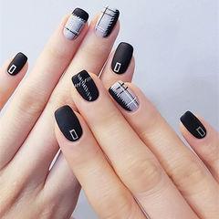方圆形黑色灰色手绘格纹磨砂美甲图片