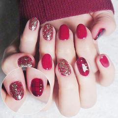 圆形红色格纹金箔新年美甲图片