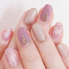 圆形香芋紫色裸色晕染日式美甲图片