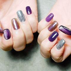 方圆形紫色银色跳色美甲图片