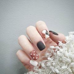 方圆形黑色棕色白色菱形珍珠磨砂美甲图片