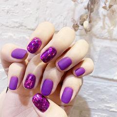 方圆形紫色磨砂美甲图片