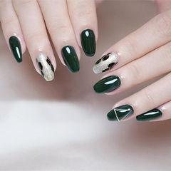 方圆形绿色手绘宝格丽美甲图片
