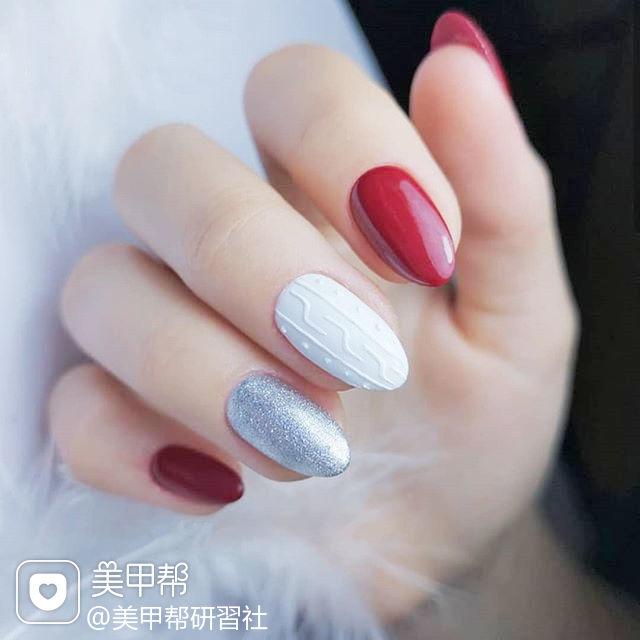 圆形红色白色银色毛衣纹美甲图片