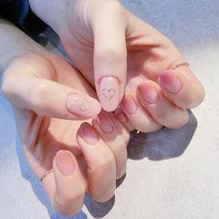 圆形粉色渐变心形简约上班族美甲图片