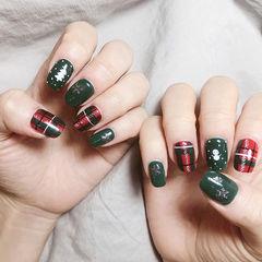 方圆形绿色红色手绘格纹新年美甲图片