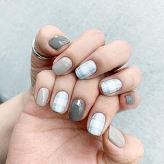 方圆形灰色裸色白色格纹美甲图片