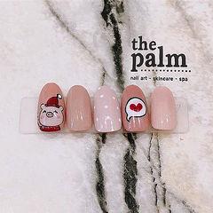 圆形粉色红色手绘小猪心形新年美甲图片