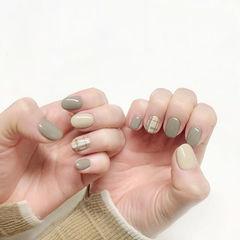 圆形绿色裸色格纹短指甲美甲图片