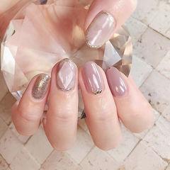圆形香芋紫色裸色银色宝石日式简约美甲图片