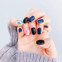 方圆形黑色蓝色贝壳片美甲图片