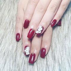 方圆形红色白色雕花新年新娘美甲图片