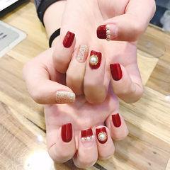 方圆形红色珍珠平法式新年美甲图片