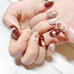 圆形红色白色手绘花朵金属饰品金箔日式新年美甲图片