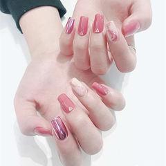 方圆形粉色玫瑰金晕染镜面新年美甲图片