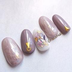圆形香芋紫色贝壳片金箔日式美甲图片