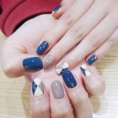圆形蓝色灰色菱形美甲图片