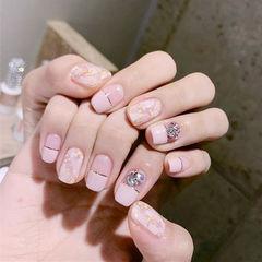 方圆形粉色金银线钻平法式金箔美甲图片