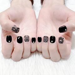 方圆形黑色手绘短指甲美甲图片