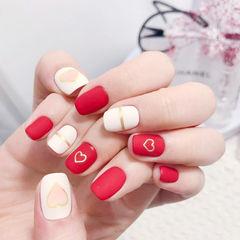 方圆形红色白色金银线心形磨砂美甲图片
