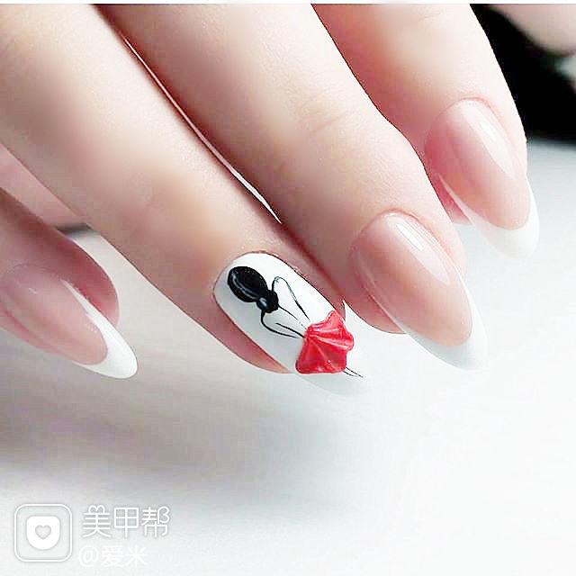 圆形白色红色黑色手绘法式美甲图片