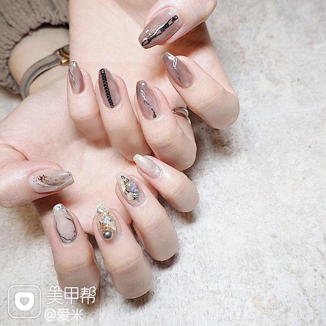 方圆形裸色黑色银色手绘贝壳片日式美甲图片