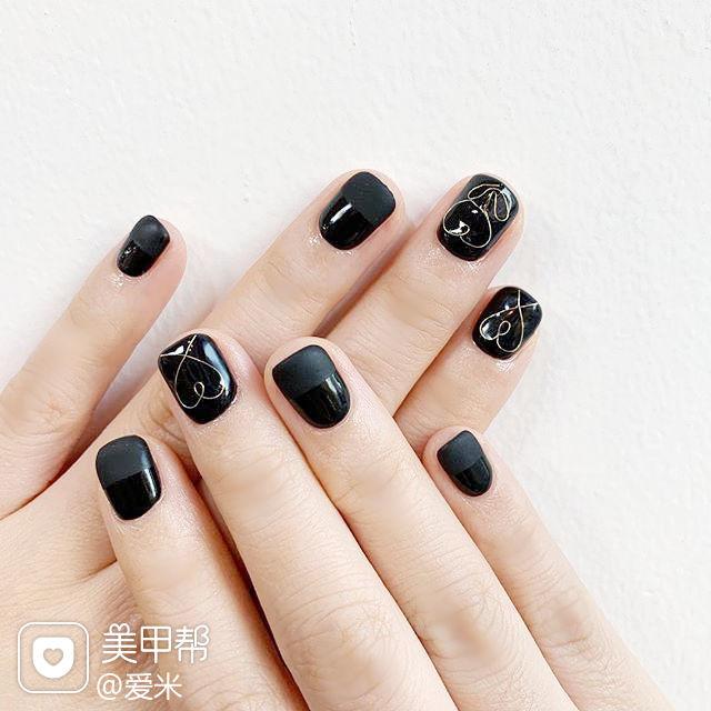 方圆形黑色金属饰品心形美甲图片