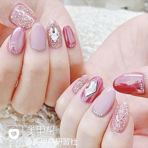 圆形粉色钻玫瑰金镜面美甲图片