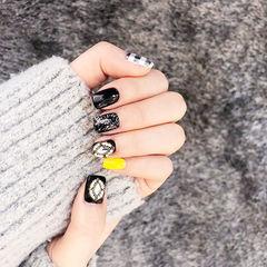 方圆形黑色黄色钻手绘格纹美甲图片