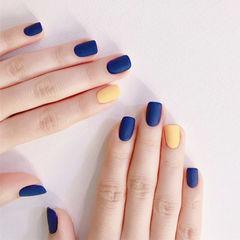 方圆形蓝色黄色跳色磨砂美甲图片