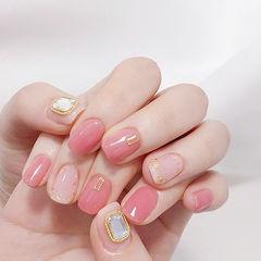 方圆形粉色金箔钻美甲图片