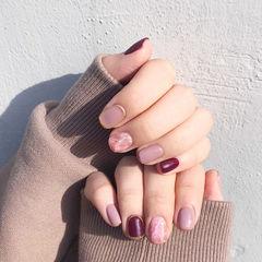 方圆形粉色紫色晕染磨砂短指甲美甲图片