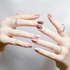 圆形粉色棕色手绘巧克力美甲图片