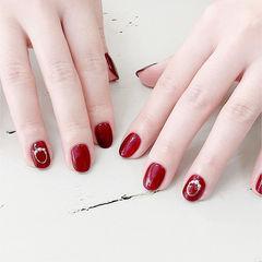 圆形红色珍珠显白简约美甲图片