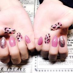 尖形粉色黑色手绘豹纹美甲图片