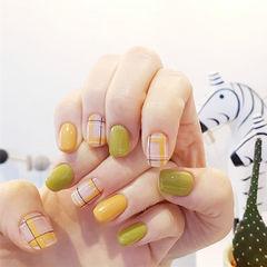 方圆形绿色黄色格纹美甲图片
