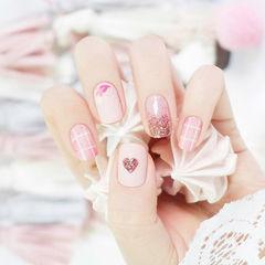 方圆形粉色白色渐变格子心形美甲图片