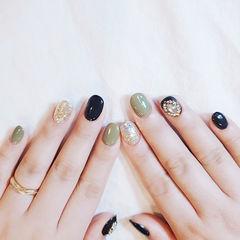 圆形绿色银色钻美甲图片