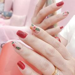 方圆形红色粉色手绘花朵美甲图片