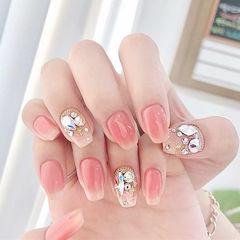 方圆形粉色钻韩式美甲图片