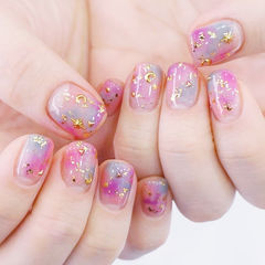 方圆形粉色紫色蓝色晕染金箔金属饰品美甲图片