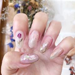 圆形白色紫色手绘花朵贝壳片日式美甲图片