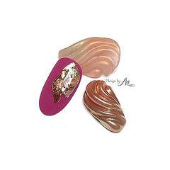 圆形玫红色玫瑰金日式水波纹美甲图片