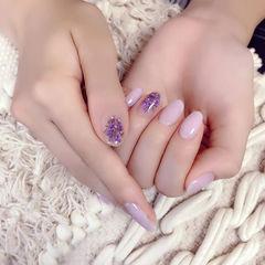 圆形香芋紫色干花春天美甲图片