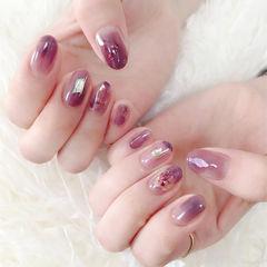 圆形紫色晕染贝壳片美甲图片