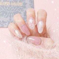 圆形粉色白色星星简约上班族美甲图片