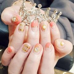 圆形珊瑚橘金银线珍珠平法式钻美甲图片